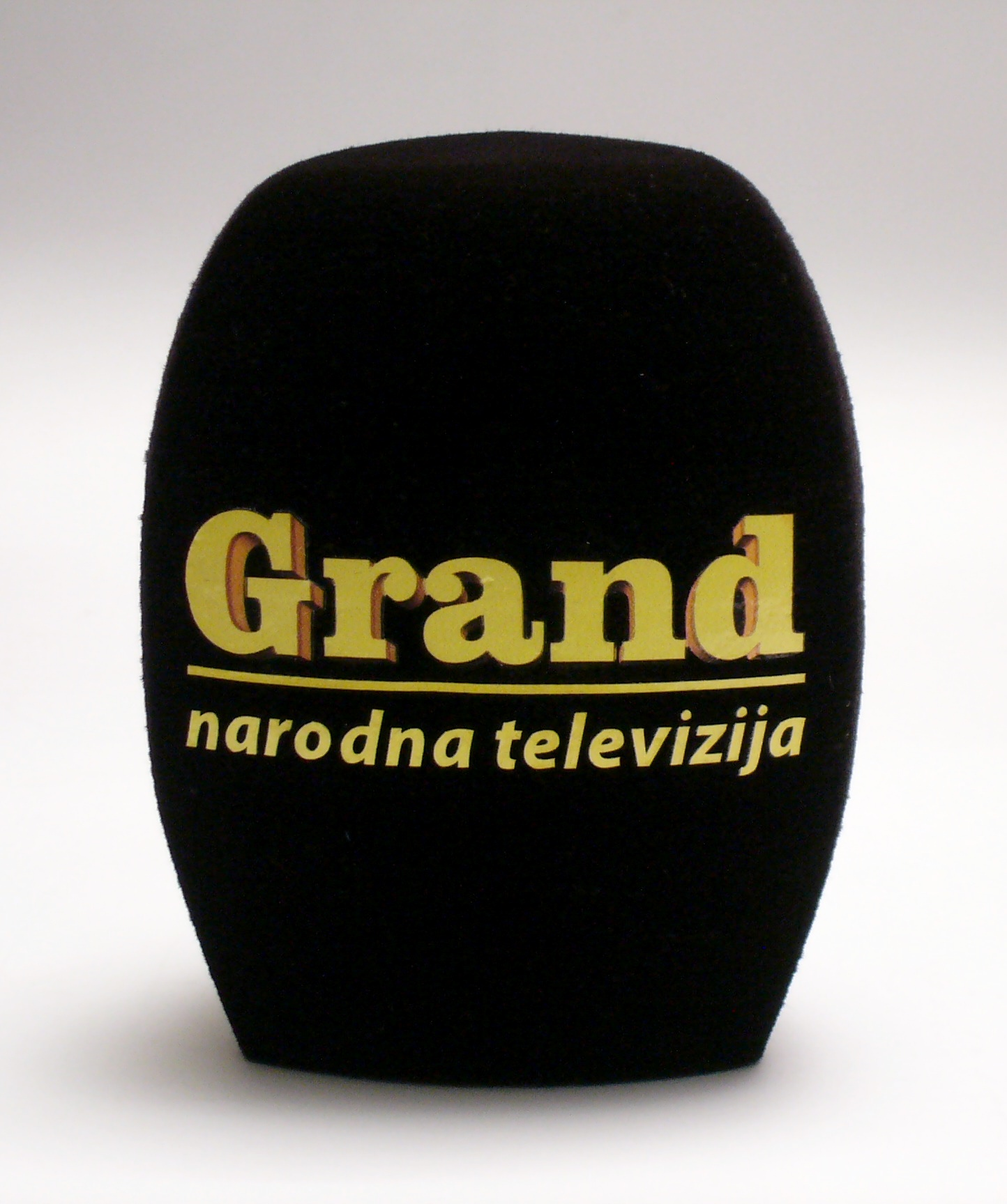 Mic cover Grand TV